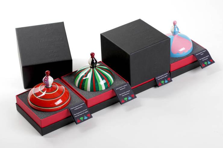 drewniane bączki: styl , w kategorii Pokój dziecięcy zaprojektowany przez Smaga Projektanci