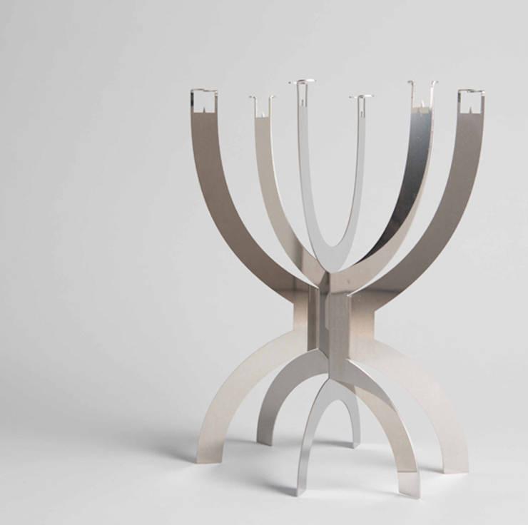CCCLX standard rvs:  Woonkamer door Buro Bruno