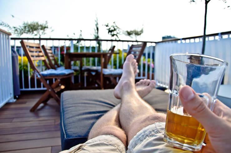 Relax op uw Dakterras:  Balkon, veranda & terras door Renoparts Vianen B.V. | Uw Dakterras Specialist