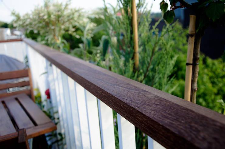 Hardhouten dekregel / deklijst:  Balkon, veranda & terras door Renoparts Vianen B.V. | Uw Dakterras Specialist