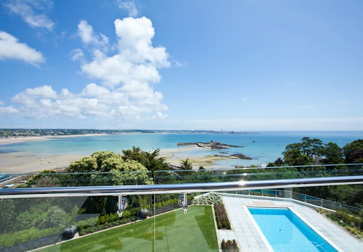 The Cliff—Jersey:  Houses by Nethaus Ltd