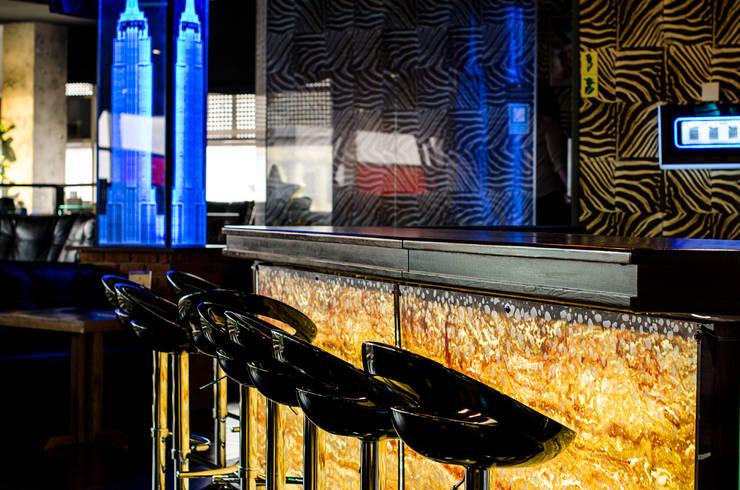 Ресторан Manhattan, ТРЦ Lubava: Бары и клубы в . Автор – UKRINTEL