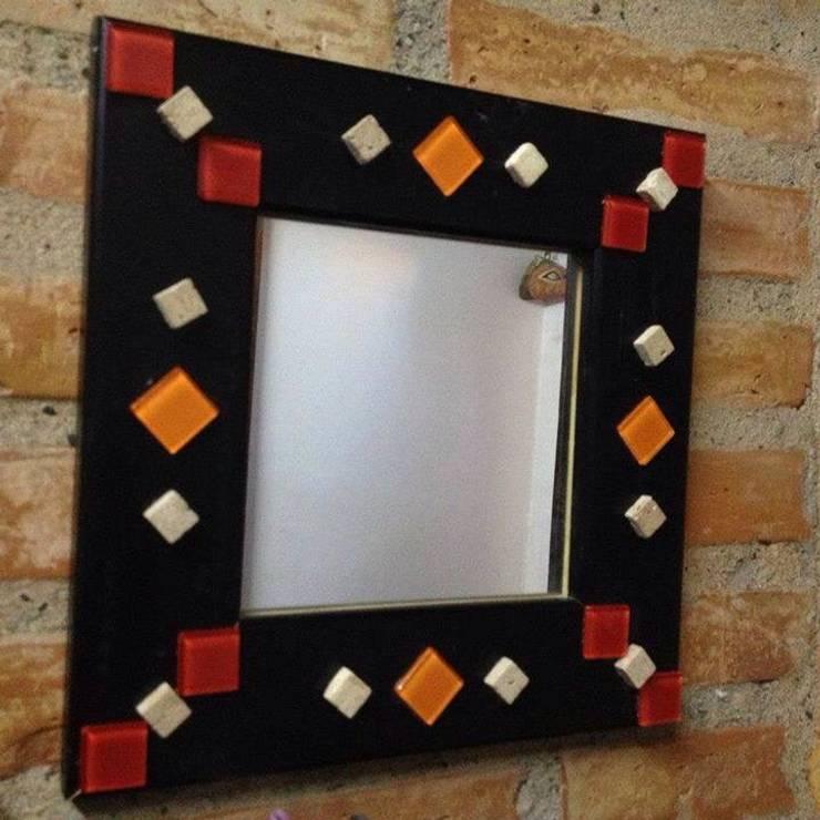 Espejos decorados con venecitas:  de estilo  por ArteSana