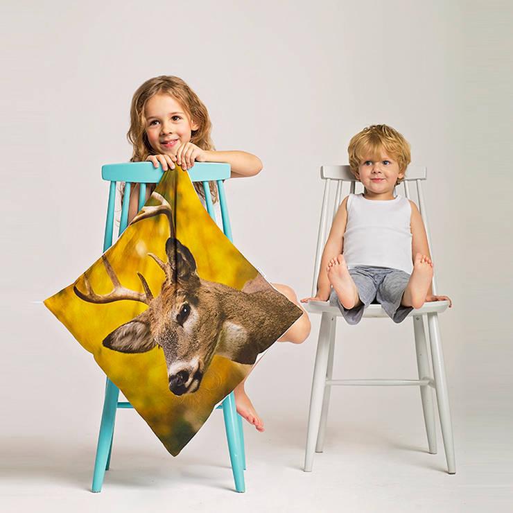Poduszka Jeleń: styl , w kategorii Sypialnia zaprojektowany przez Makalulu