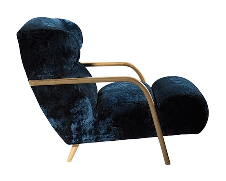 Mama Chair:  Living room by Archer + Co