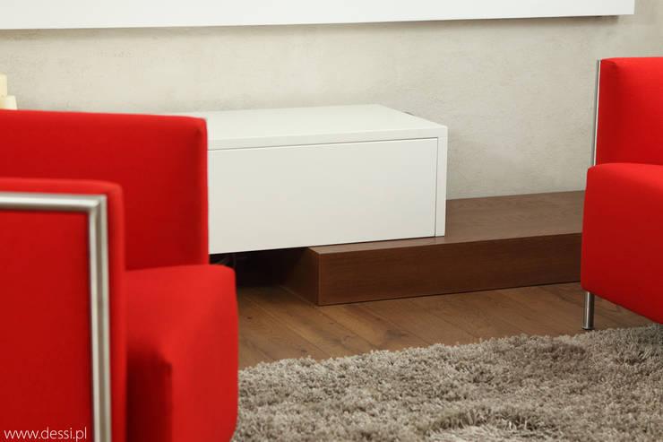 Mieszkanie w Poznaniu: styl , w kategorii Salon zaprojektowany przez Dessi