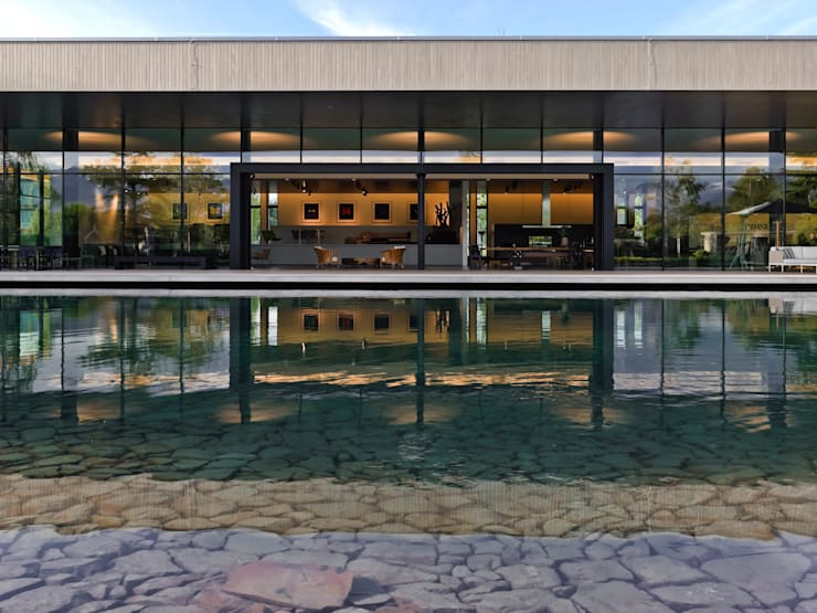 Descender Front at The Enea Showroom, Rapperswil, Switzerland:  Event venues by Descender Fronts by Kollegger