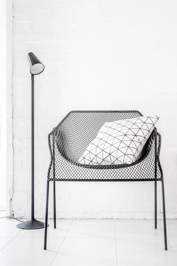 Poduszka Trekant natur: styl , w kategorii Salon zaprojektowany przez Lilla Sky