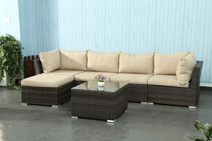 Rattan modular sofa:  Garden  by Wallace Sacks