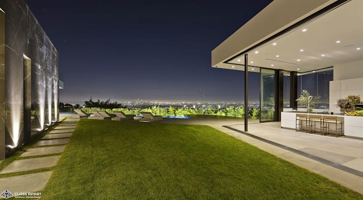 private residence -dramatic glass home :  Terrace by CLASS APART (furniture.interiordesign)