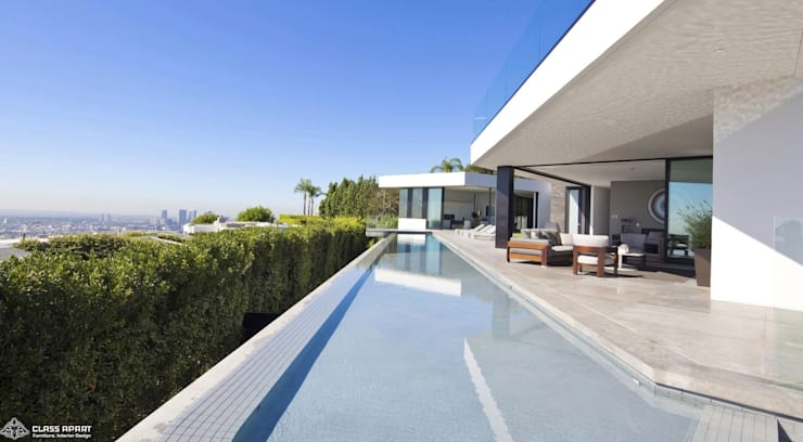 private residence -dramatic glass home :  Houses by CLASS APART (furniture.interiordesign)