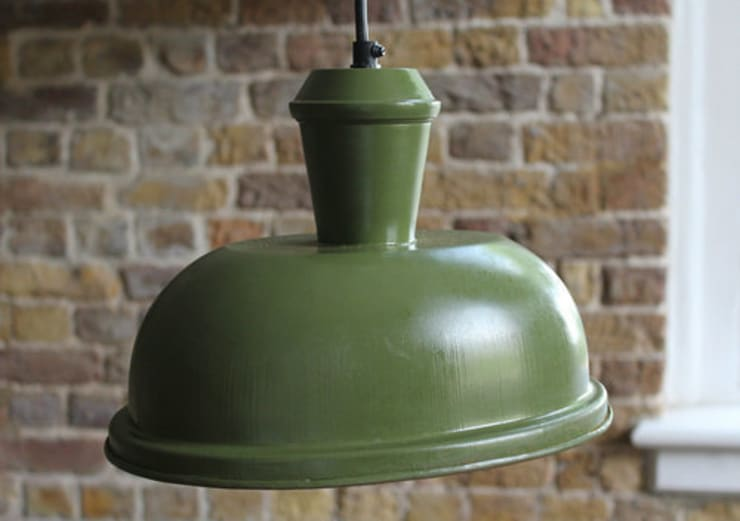 Green Oval Retro Pendant Light: industrial Kitchen by NuCasa