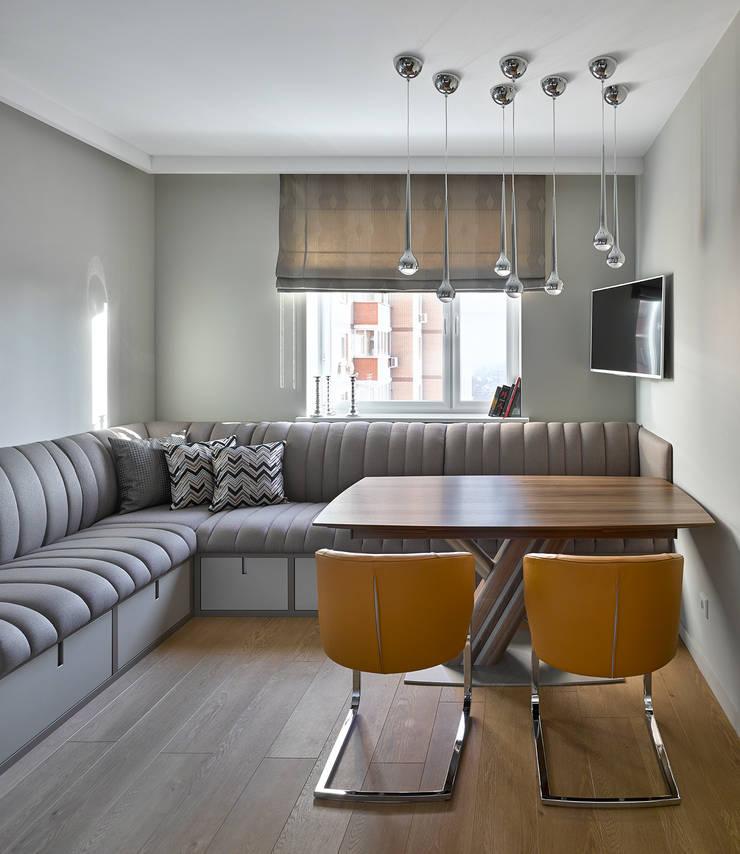 Дизайн квартиры в Москве / ул. 9 Мая: Гостиная в . Автор – Бюро TS Design