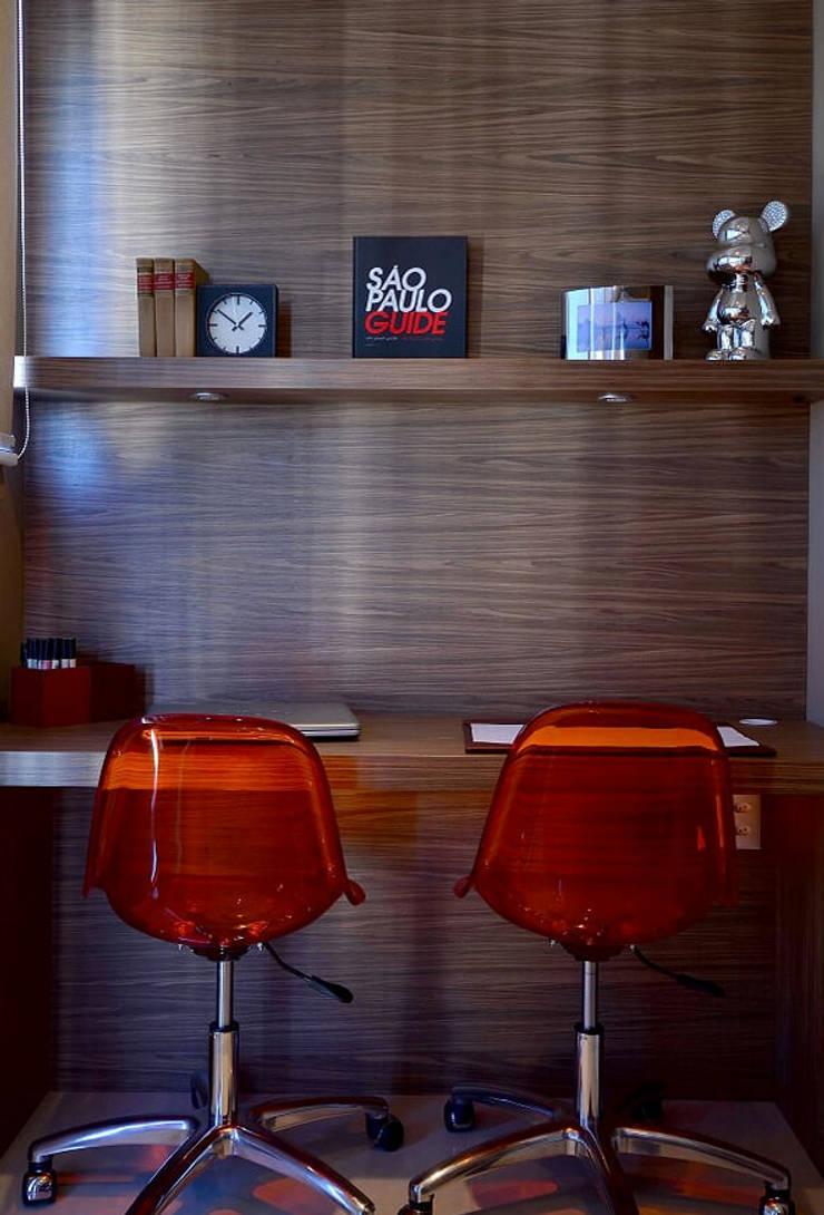 Apartamento Urban: Escritórios  por Studio Cinque