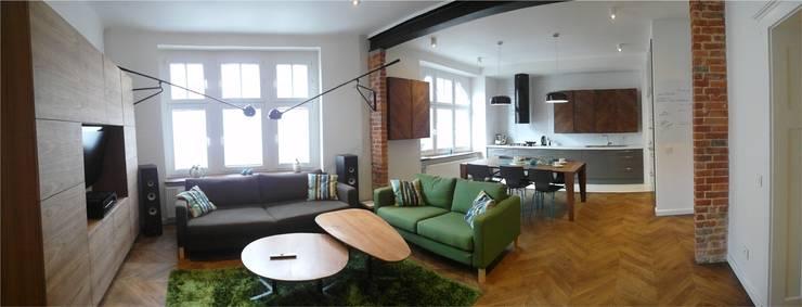 Kamienica: styl , w kategorii Salon zaprojektowany przez NaNovo