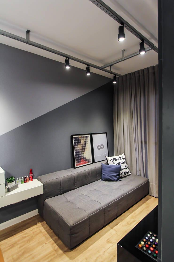 Apartamento Alto do Ipiranga: Salas de estar modernas por SP Estudio