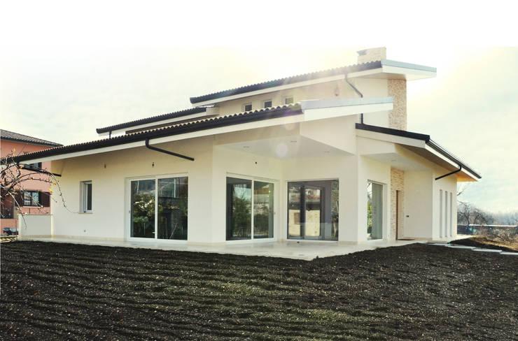 Casas de estilo  por Lucia D'Amato Architect