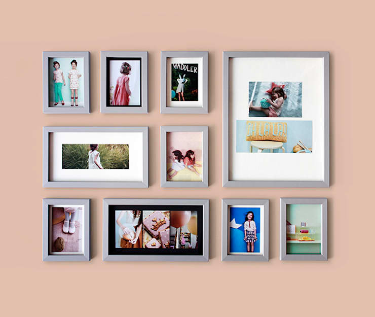 PHOTOWALL GALLERY FRAME 10P SET - Light Gray: A.MONO Co,.LTD.의  벽 & 바닥