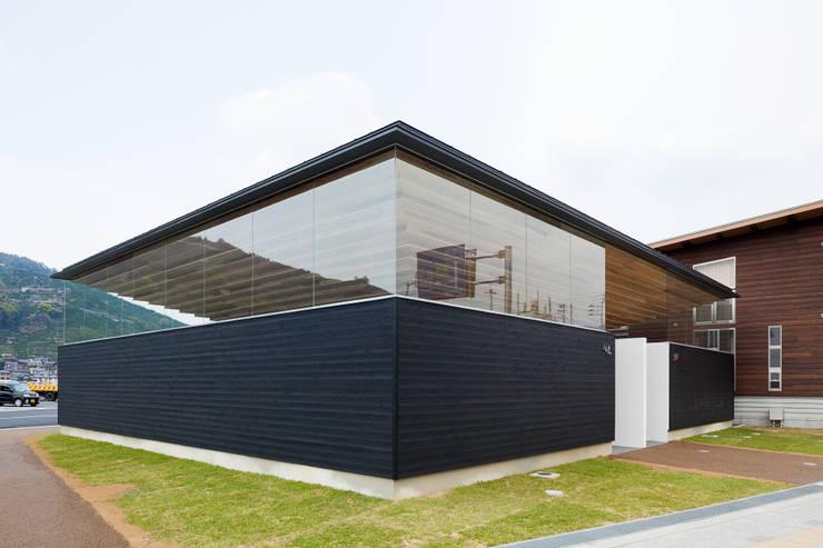 アイレベル: bUd アトリエ一級建築士事務所が手掛けた商業空間です。