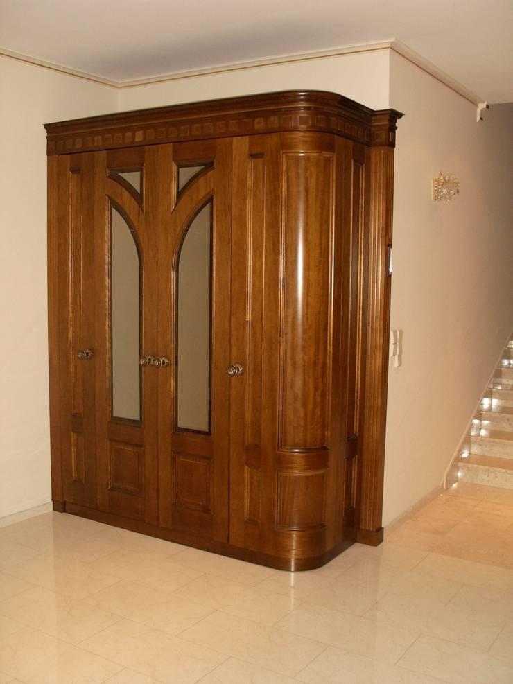 Шкаф в гостинной: Гостиная в . Автор – ООО 'Катэя+',