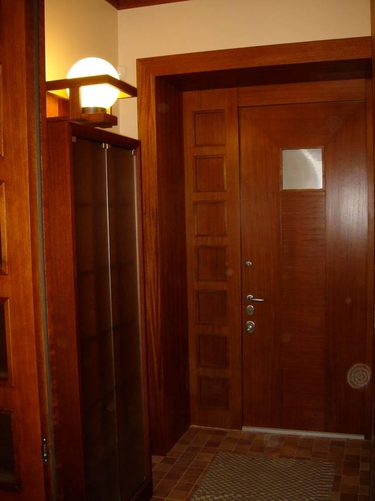 Двери: Окна и двери в . Автор – ООО 'Катэя+'
