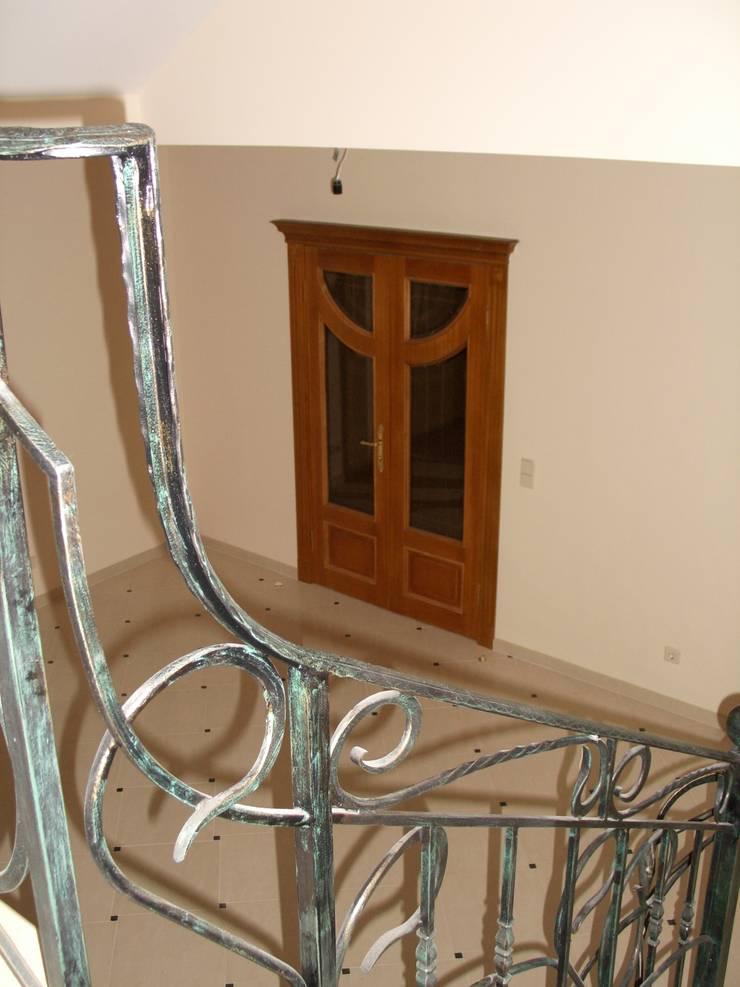 Дверной блок Массив: Окна и двери в . Автор – ООО 'Катэя+'