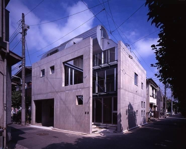 シリンダーのある家 : 株式会社 伊坂デザイン工房が手掛けた家です。,