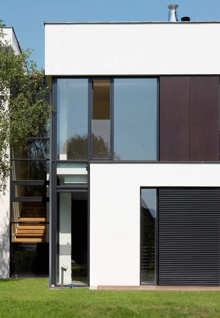 Dom175 : styl , w kategorii Domy zaprojektowany przez Jednacz Architekci
