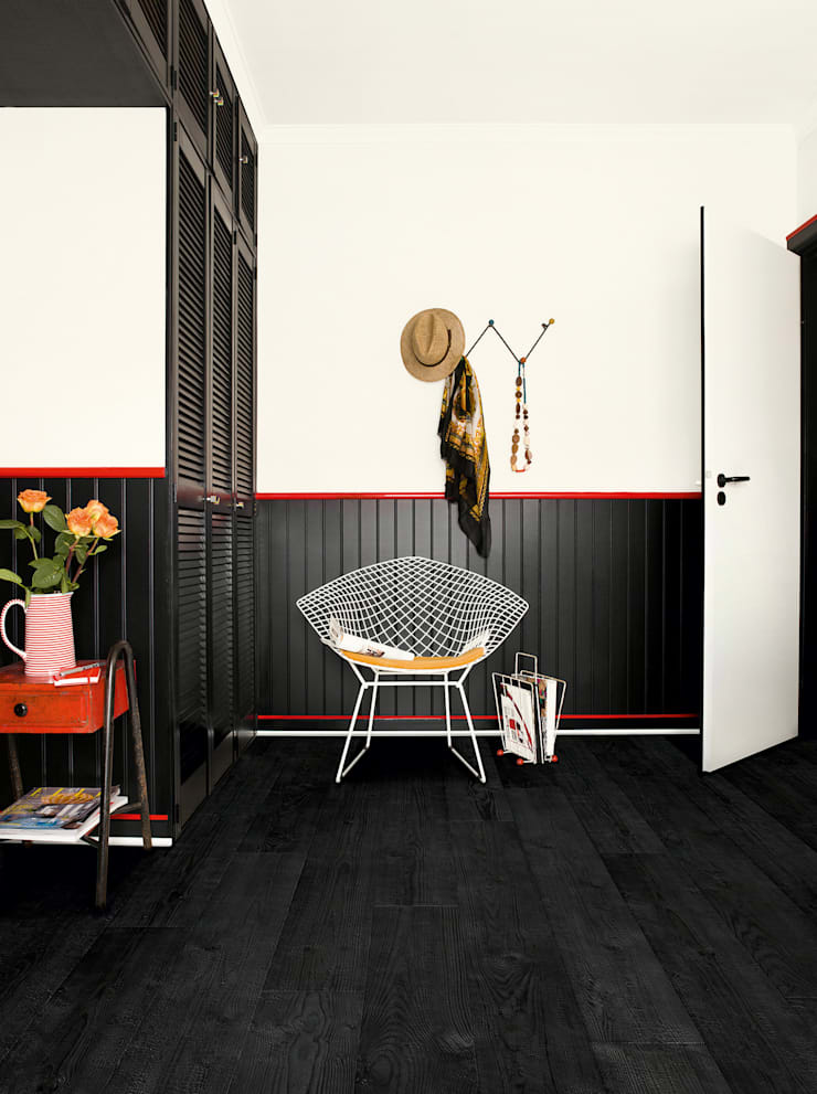 Burned Planks:  Walls & flooring by Quick-Step