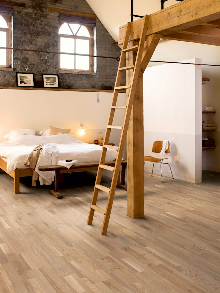 Champagne Brut Oak Oiled:  Walls & flooring by Quick-Step