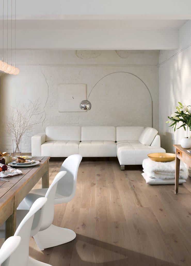 Terra Oak Oiled:  Walls & flooring by Quick-Step