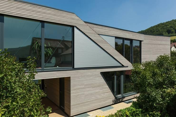 Haus AIDA: moderne Häuser von Gansloser Energiesparhäuser