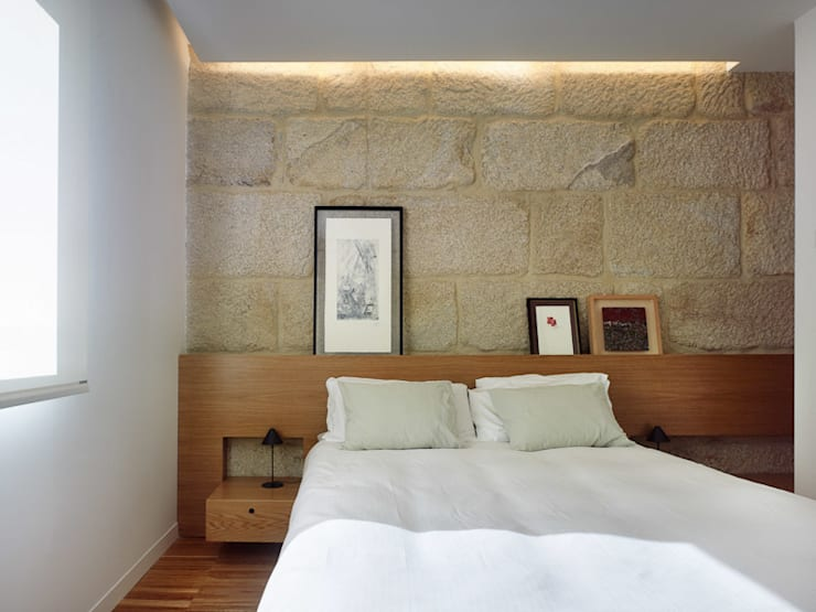 Bedroom by Castroferro Arquitectos