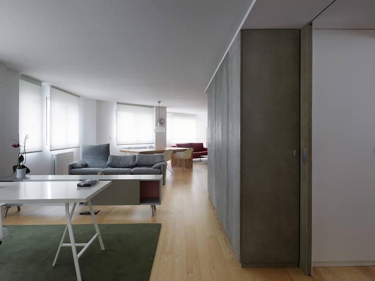 غرفة المعيشة تنفيذ Castroferro Arquitectos