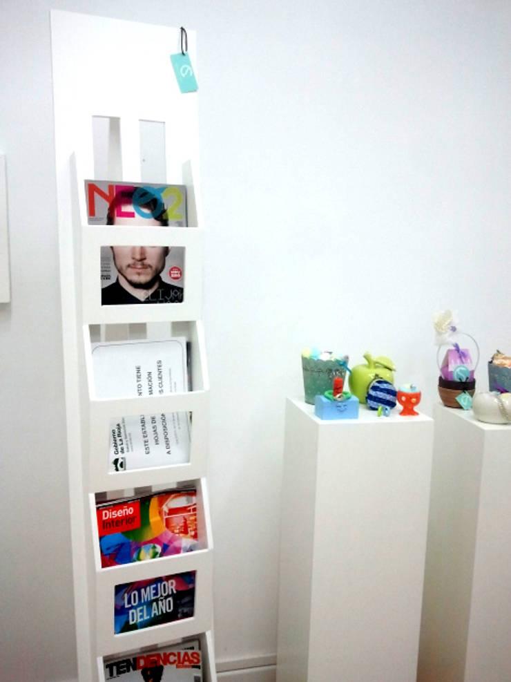 XPOX: Oficinas y tiendas de estilo  de Clara del Solar