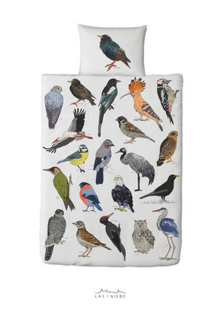 Pościel Ptaki: styl , w kategorii Sypialnia zaprojektowany przez Las i niebo