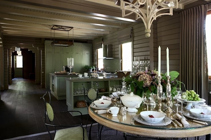 Дом из клееного бруса в Новоглаголево: Столовые комнаты в . Автор – Дизайн бюро Татьяны Алениной