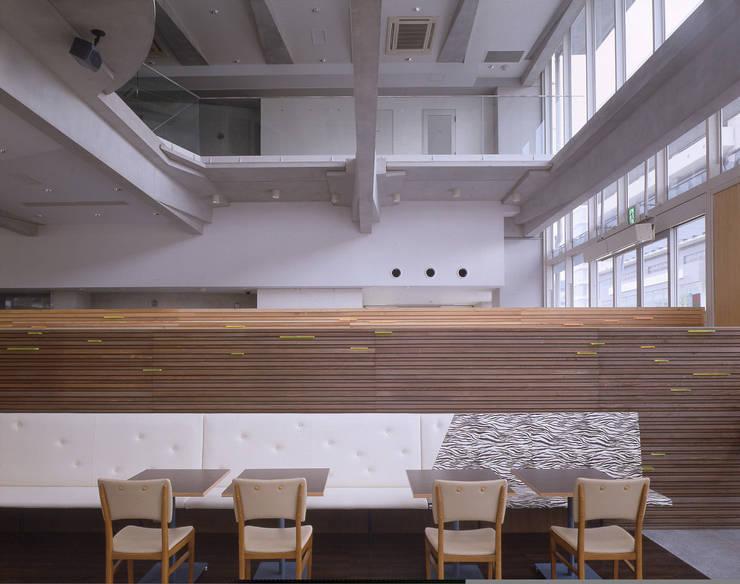 クロッシーズcafe : 株式会社 伊坂デザイン工房が手掛けたレストランです。,オリジナル