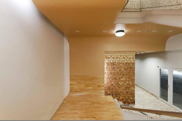 自由が丘 日能研ビル: 株式会社 伊坂デザイン工房が手掛けたオフィスビルです。