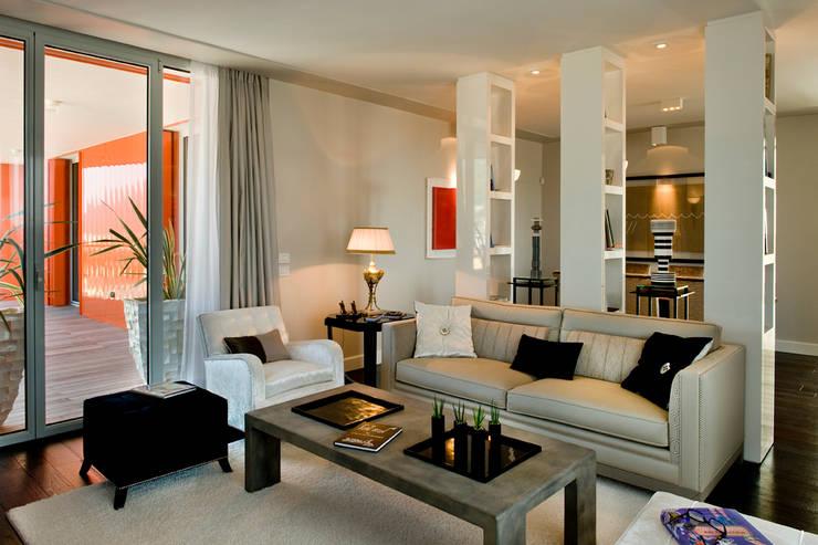 Salas de estilo  por Studio Architettura Carlo Ceresoli