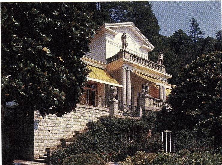 Villa Socotina - Lago di Como Case classiche di Archiluc's - Studio di Architettura Stefano Lucini Architetto Classico