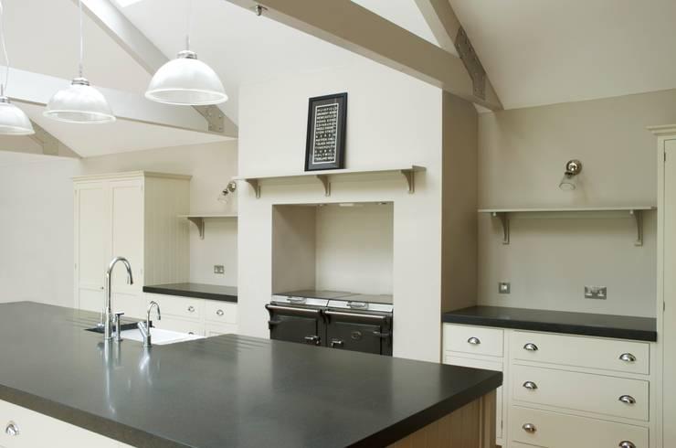 The Newcastle Shaker Kitchen by deVOL :  Kitchen by deVOL Kitchens
