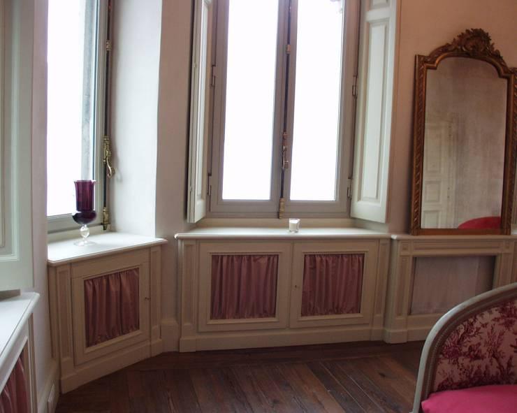 Villa Taglioni – Blevio Lago di Como Camera da letto in stile classico di Archiluc's - Studio di Architettura Stefano Lucini Architetto Classico
