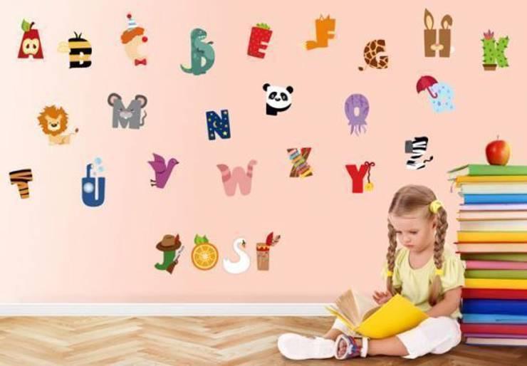 Alphabet pour enfants: Chambre d'enfants de style  par wall-art.fr