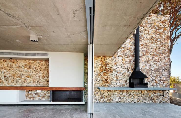 Juncal & Rodney house: Casas de estilo  de Pepe Gascón arquitectura