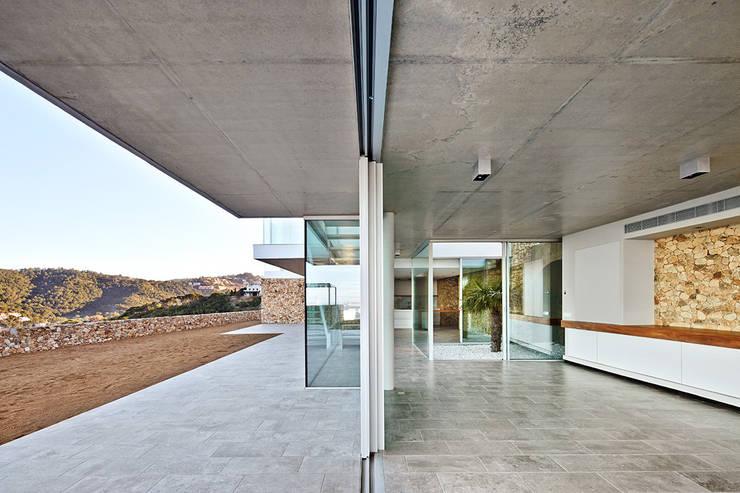 Livings de estilo mediterraneo por Pepe Gascón arquitectura