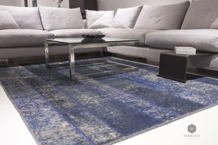 Patchwork Blue City: styl , w kategorii Salon zaprojektowany przez Sarmatia Trading