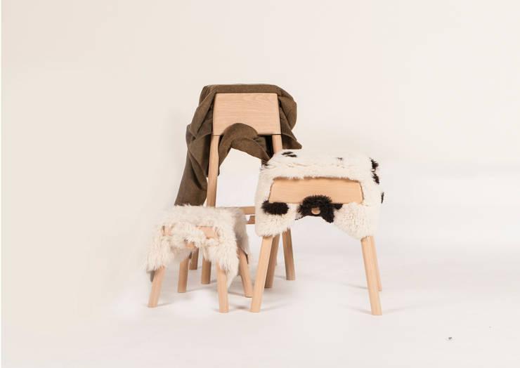Livestock  stools set:  Woonkamer door Product Design - Tijn van Orsouw