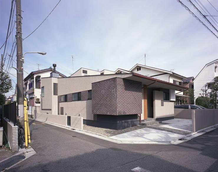 外観1: 矩須雅建築研究所が手掛けた家です。