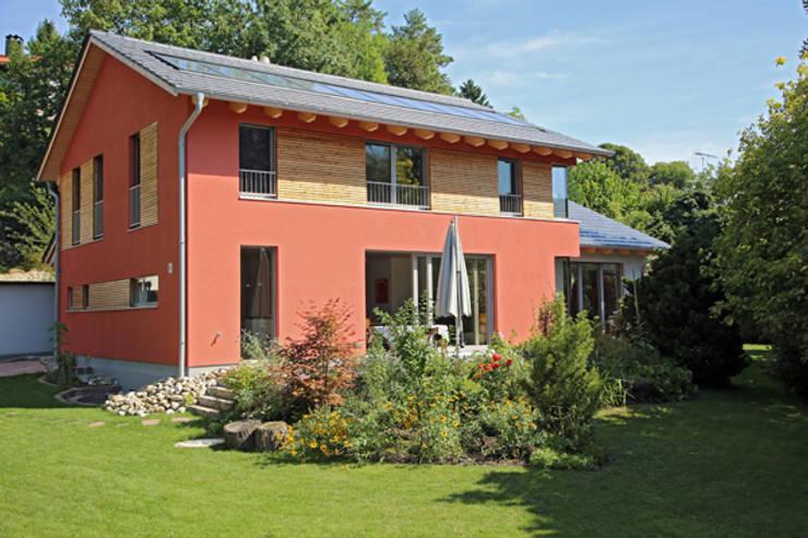 Südseite:  Häuser von info4898